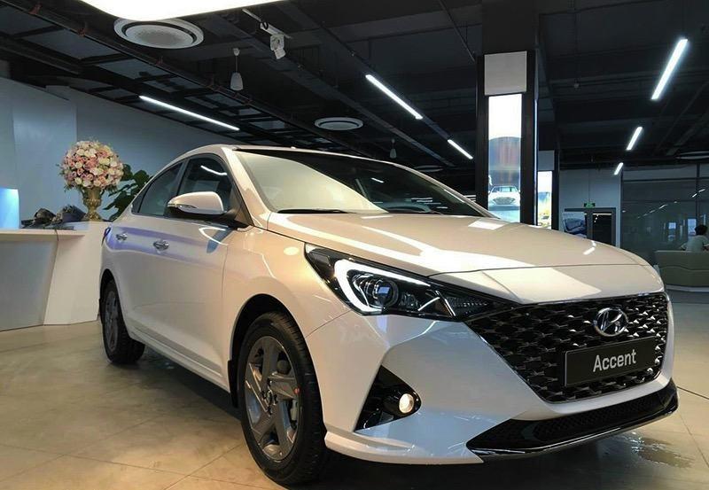 So sánh giá bán Honda City 2021 và Hyundai Accent 2021